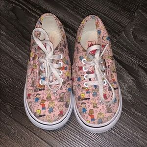 Great condition! Toddler 9 Peanuts Vans